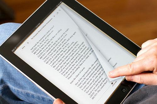 Lợi ích từ việc đọc sách điện tử mang lại